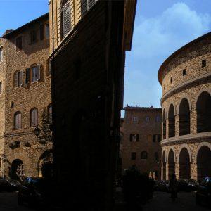 Via Torta e l'anfiteatro romano